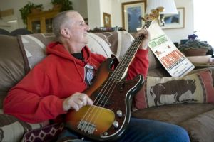 Jack Ely shows off guitar, false sense of entitlement