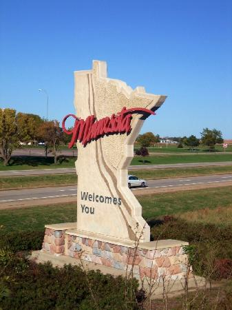 Shortly after this lovely handcarved welcoming, Minnesota will also welcome you with a hefty speeding ticket